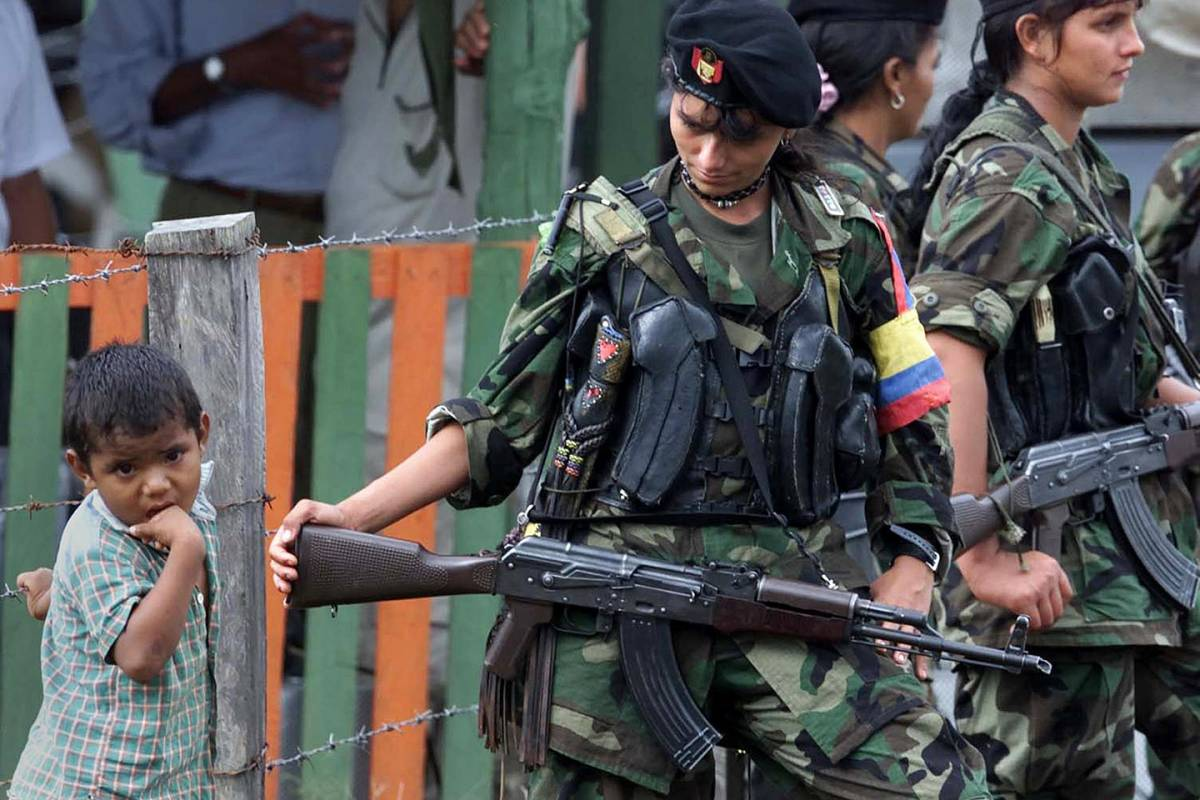 web-colombia-farc-child-apw2001020981920_1-luis-acosta-afp-ai