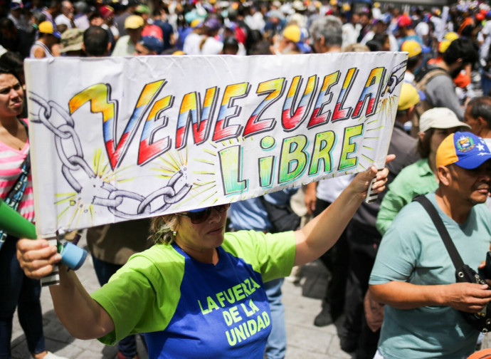 venezuela-manifestazione-large